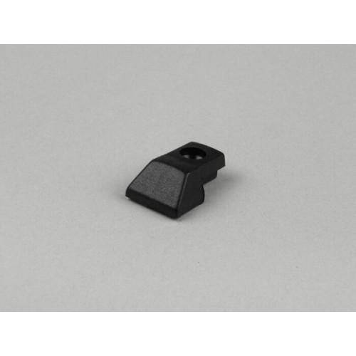 Terminal Guía Suelo en Plástico Negro con Orificio, DS, DN , IRIS, PX